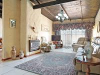 TV Room - 29 square meters of property in Constantia Glen