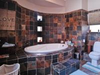 Bathroom 1 - 9 square meters of property in Woodhill Golf Estate