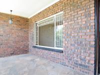 Spaces - 160 square meters of property in Waterkloof Glen