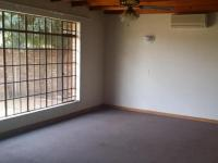 Bed Room 2 - 11 square meters of property in Potchefstroom