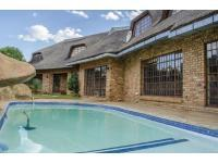 Entertainment - 69 square meters of property in Potchefstroom
