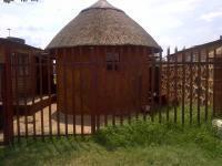 3 Bedroom 1 Bathroom in Tokologo