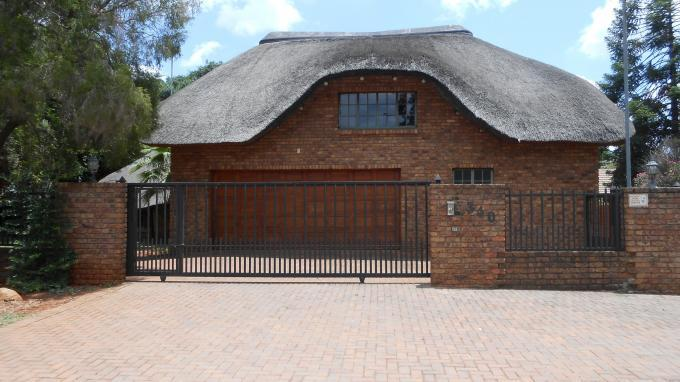 3 Bedroom House For Sale in Doornpoort - Home Sell - MR138416