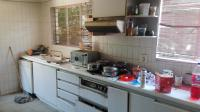 Kitchen - 15 square meters of property in Kew