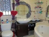 Bathroom 1 - 4 square meters of property in Secunda