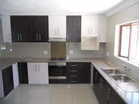 Kitchen - 16 square meters of property in Umtentweni