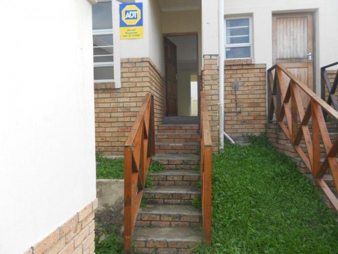 2 Bedroom Sectional Title for Sale For Sale in Beacon Bay - Home Sell - MR138749