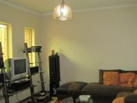 TV Room - 16 square meters of property in Birchleigh North