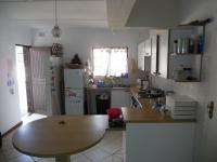 Kitchen - 11 square meters of property in Uvongo