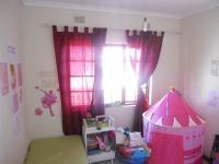 Bed Room 1 - 9 square meters of property in Uvongo