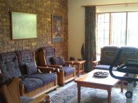 Lounges - 17 square meters of property in Sabie