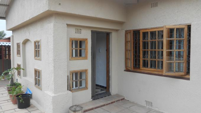 3 Bedroom House For Sale in Forest Hill - JHB - Private Sale - MR138841