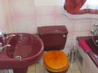 Bathroom 1 - 3 square meters of property in Mid-ennerdale