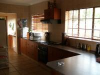 Kitchen - 12 square meters of property in Melodie