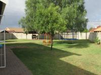 Spaces - 2 square meters of property in Riversdale