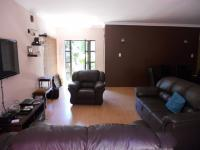 Lounges - 26 square meters of property in Park Hill