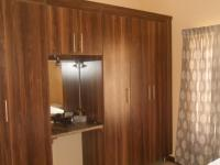 Main Bedroom - 16 square meters of property in Rietvallei
