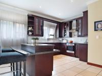Kitchen - 18 square meters of property in Willow Acres Estate