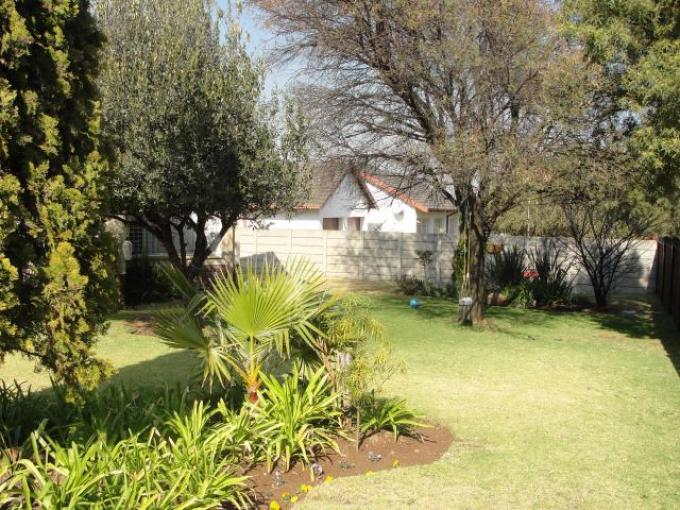 Standard Bank EasySell Sectional Title for Sale For Sale in Middelburg - MP - MR139005