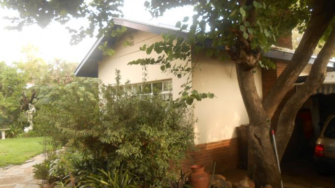 Absa Bank Trust Property 3 Bedroom House for Sale For Sale in Les Marais - MR139088