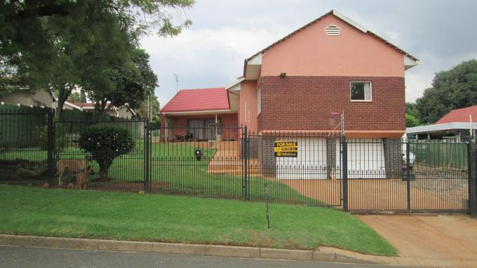 Standard Bank EasySell 3 Bedroom House for Sale For Sale in Observatory - JHB - MR139105
