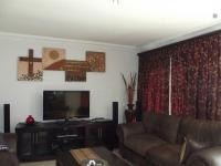 Lounges - 26 square meters of property in Aerorand - MP