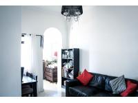 Lounges - 18 square meters of property in Rosebank - CPT