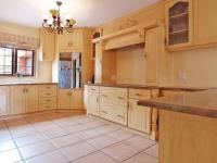 Kitchen - 37 square meters of property in Six Fountains Estate