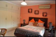 Main Bedroom - 22 square meters of property in Yellowwood Park