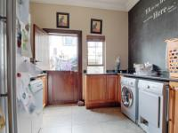 Scullery - 16 square meters of property in The Wilds Estate