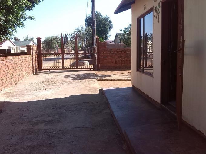 Standard Bank EasySell 2 Bedroom Cluster for Sale For Sale in Mabopane - MR139311