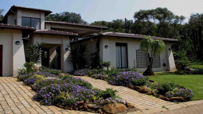 3 Bedroom House for Sale For Sale in Hartbeespoort - Home Sell - MR139325