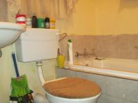 Main Bathroom - 4 square meters of property in Fleurhof