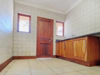 Scullery - 18 square meters of property in Woodhill Golf Estate