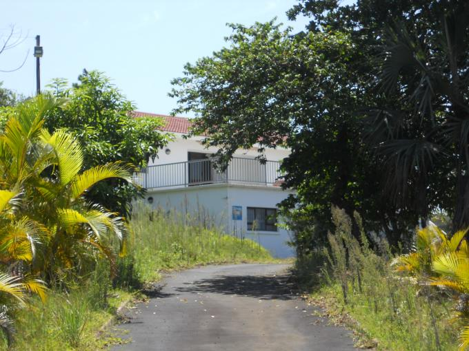 Standard Bank Repossessed 3 Bedroom House for Sale on online auction in Palm Beach - MR139397