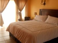 Main Bedroom - 25 square meters of property in Irene