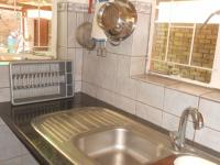 Kitchen - 12 square meters of property in Montana Park