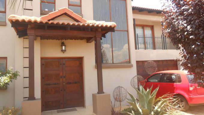 3 Bedroom House for Sale For Sale in Monavoni - Private Sale - MR139480