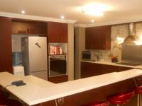 Kitchen - 23 square meters of property in Monavoni
