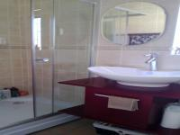 Main Bathroom of property in Sunward park