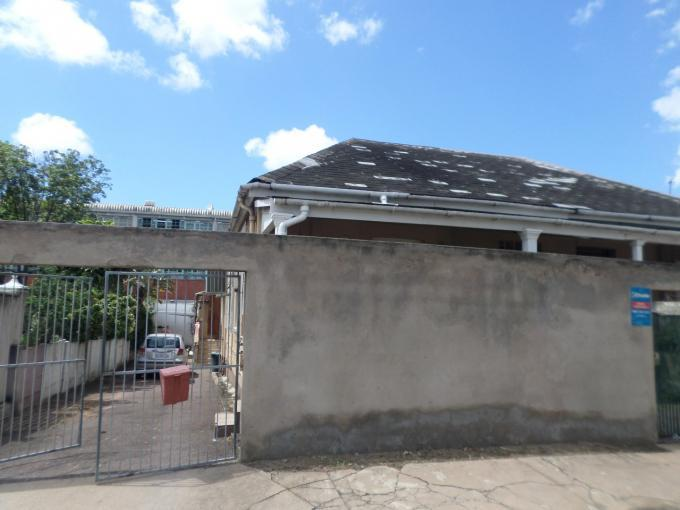 Standard Bank EasySell 2 Bedroom Sectional Title For Sale in Bulwer - MR139639