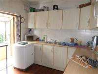 Kitchen of property in Bulwer
