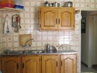 Kitchen - 14 square meters of property in Newlands - JHB
