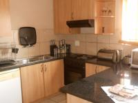 Kitchen - 7 square meters of property in Claremont