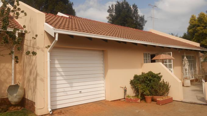 2 Bedroom Retirement Home for Sale For Sale in Die Wilgers - Private Sale - MR139923