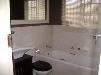 Main Bathroom of property in Radiokop