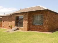 2 Bedroom 1 Bathroom Cluster for Sale for sale in Radiokop