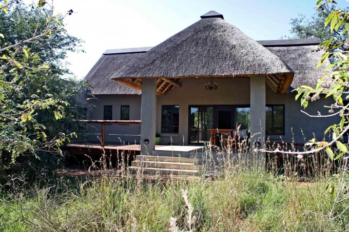 3 Bedroom House for Sale For Sale in Hoedspruit - Private Sale - MR139970