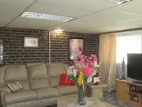 Lounges - 54 square meters of property in Vaalmarina