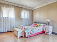 Bed Room 1 - 24 square meters of property in Boardwalk Manor Estate